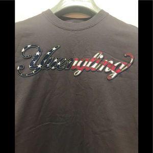 YUENGLING USA Flag T-SHIRT Size M Dark Gray